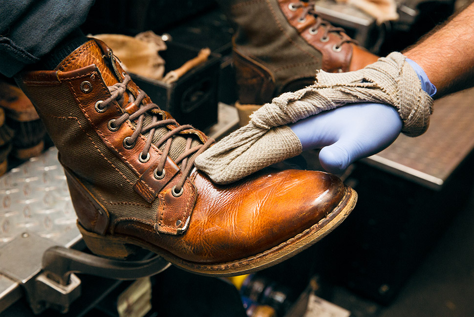 shoe-shining-gear-patrol-2