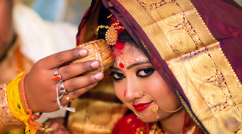 Purulia: bride elopes on Reception day, complain lodged