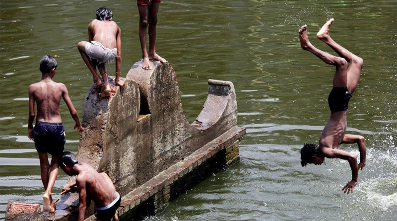 No relief from scorching sun yet for Kolkata: MeT