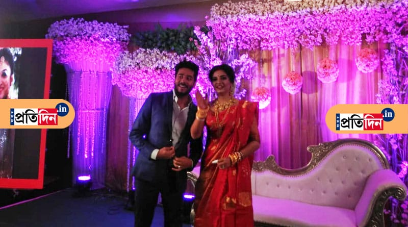 Raj Chakraborty- Subhasree Ganguly Burdwan wedding reception in pics