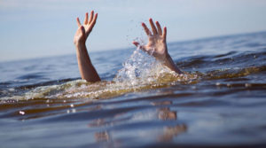 Students of Class XII died after drowning into the lake while trying to take selfie in S 24 Parganas | Sangbad Pratidin