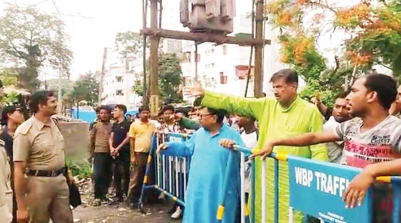 TMC minister Rabindra Nath Ghosh threatens cop