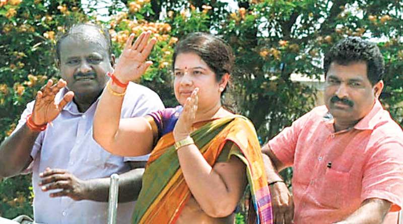 kumarswami's first wife Anitha will be JDU candidate in Ramnagar seat