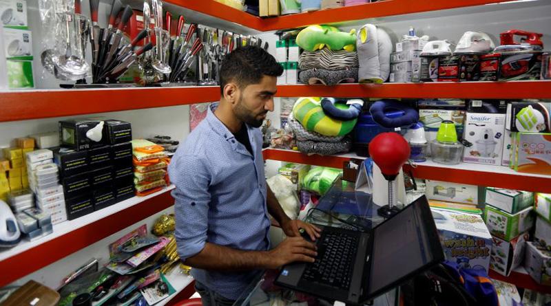 Afghanistan shoppers go online to avoid terror attacks