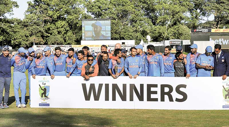 India beats Ireland in second T-20