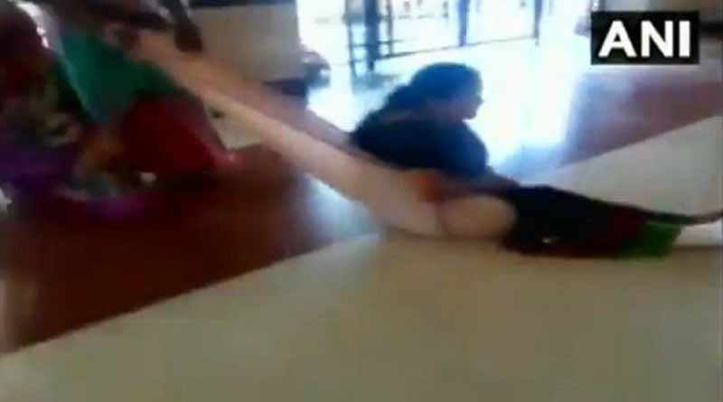 Maharashtra: Hospital denies stretcher, patient dragged on bed sheet