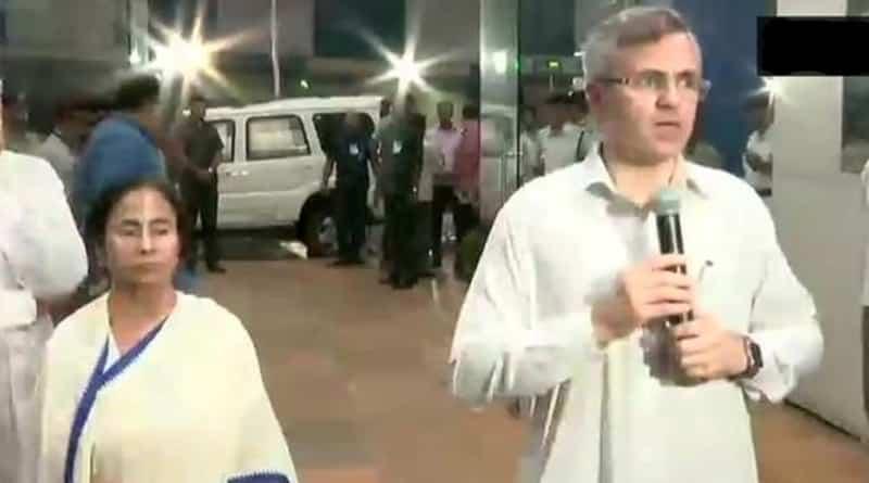 Omar Abdullah meets Mamata Banerjee in West Bengal