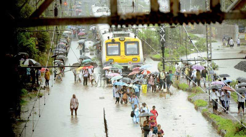 Navy launches rescue ops in flooded Mumbai