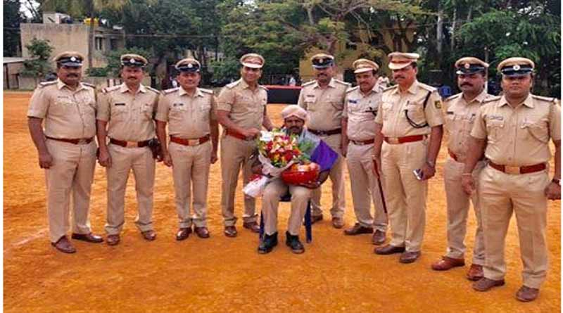 Bengaluru cop nabs dacoits, rewarded with honeymoon package