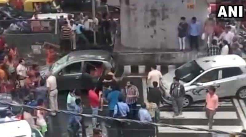 'Kanwariyas' vandalise a car in Delhi's Moti Nagar