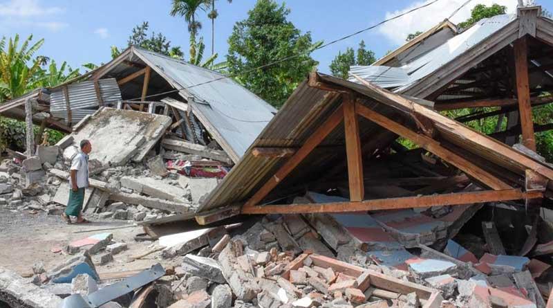 Indonesia earthquake leaves 82 dead