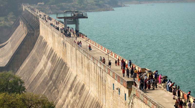 BJP workers stopped painting Massanjore dam