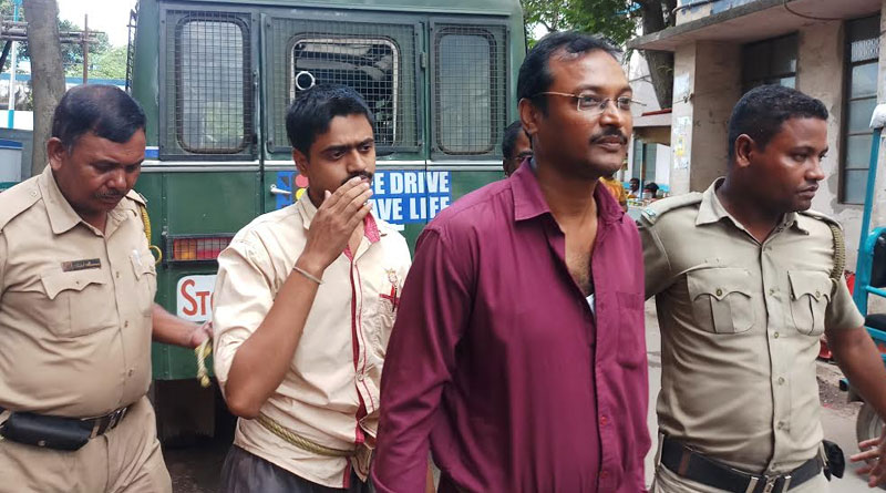 two brokers arrested at Burdwan Medical College Hospital