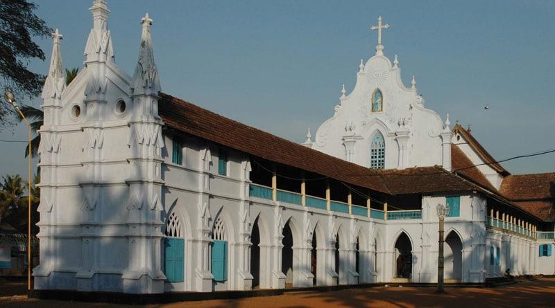 Kerala: Two rape accused priests surrender before police