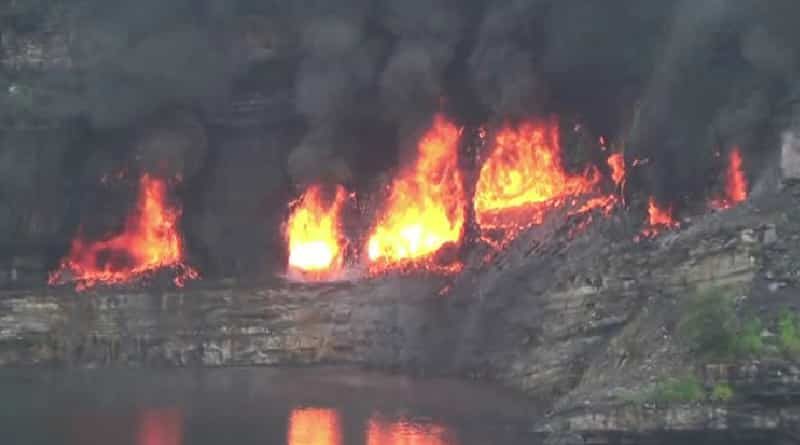 Asansol: Coal mine still burning at Jamuria