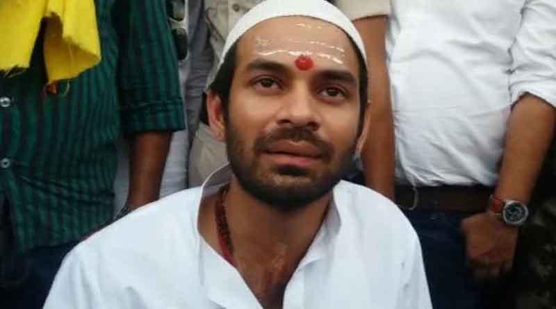 Tej Pratap claims armed man clutches his hand