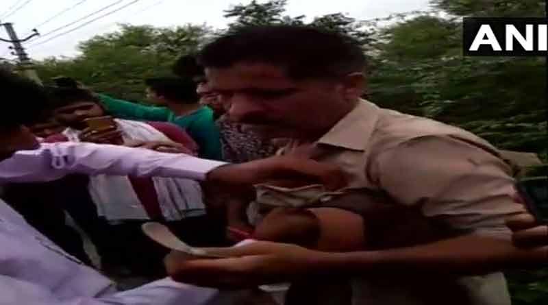 Uttar Pradesh: Cops beaten by Kanwariyan