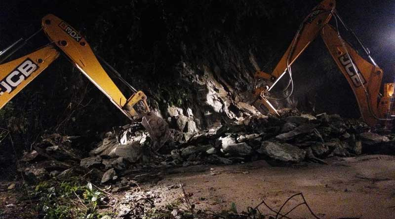 Relief to commuters,  NH 10 connecting Siliguri to Kalimpong reopens