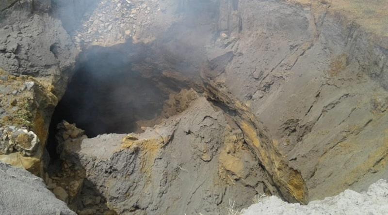 Massive landslide in Jamuria coal mine