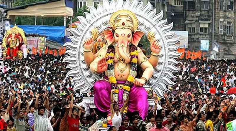 Kolkata Police urges caution against mammoth Ganesha idols