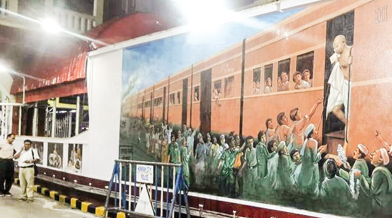 Rail station across the country painted with Gandhiji's photo