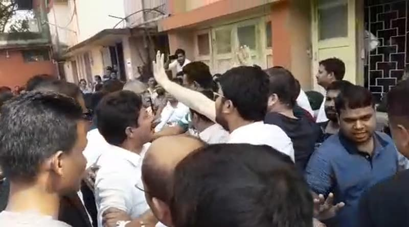 Siliguri: Lawyers clashes with each other in Court premises