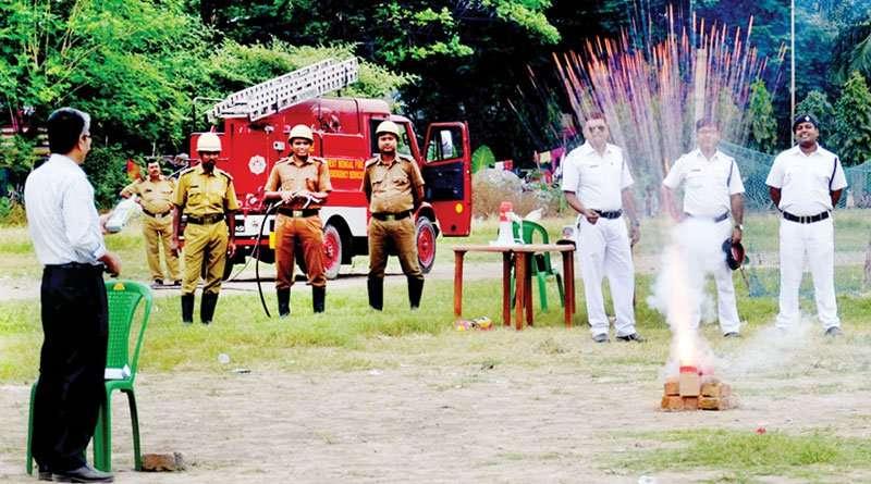 West Bengal Govt bans 4 fire-crackers this Diwali