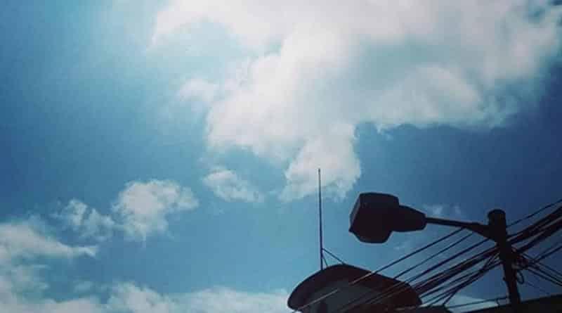 Cyclone Titli weakens sparring Kolkata downpour during Pujas