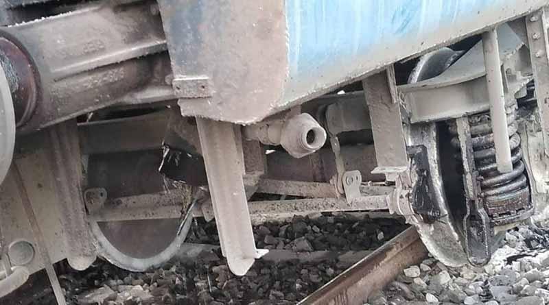 Dhauli express derailed in Panskura