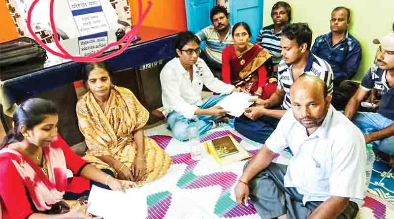 Malda Panchayat chief shuns chair!