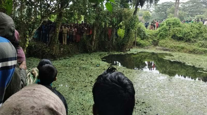 New born's body found in pond