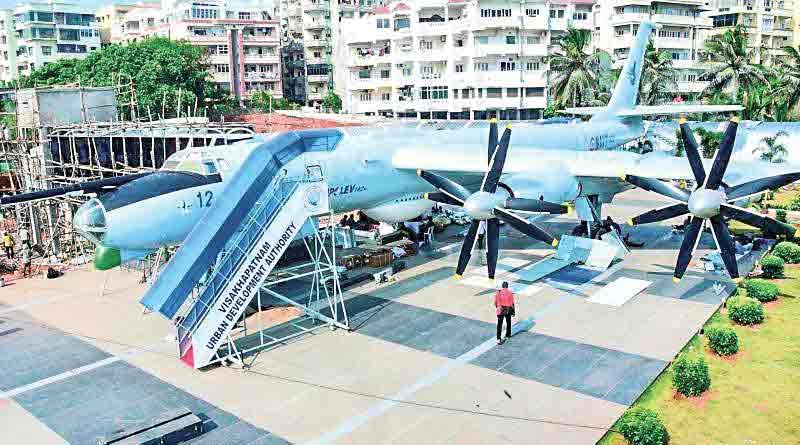 Submarine and Flight museum in Kolkata