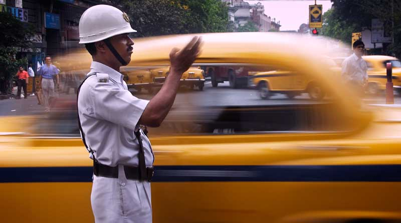 Traffic cop attacked again in Kolkata, 3 accused arrested