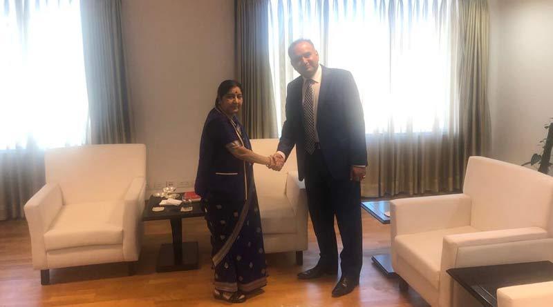 Pakistan MP meets with Sushma Swaraj in New Delhi
