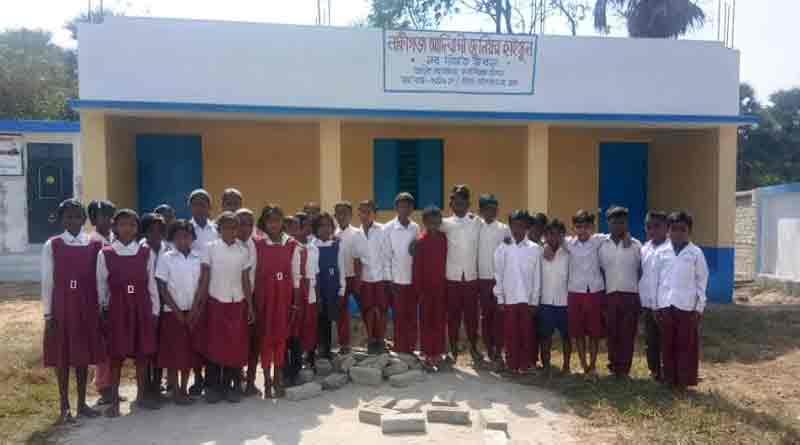 No teacher, locals teach in govt school