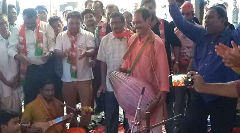 BJP candidate participated in 'Kirtan' at Jalpaiguri ahead of LS polls