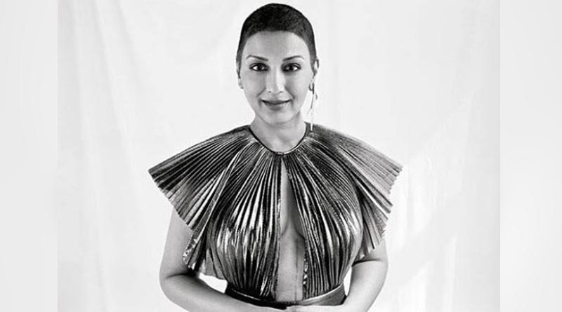 Sonali Bendre shows cancer surgery scar