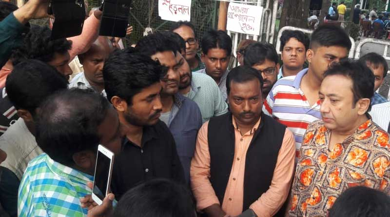 HRD Minister worried over SSC protest