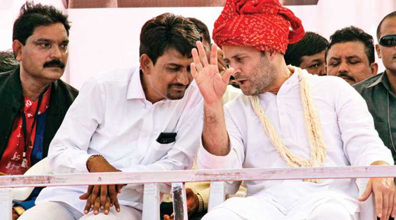 Dalit leader Alpesh Thakor quits Congress just before election