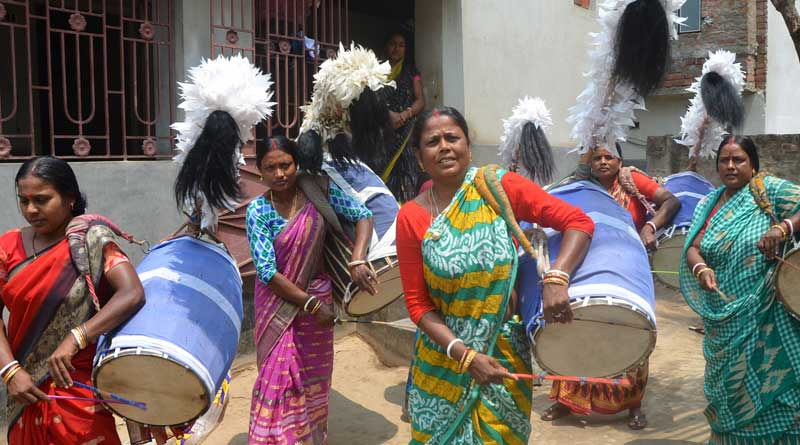 Lady drummers are high in demand for vote campaign in Katwa