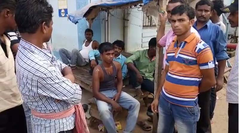 Voters are beaten up by central force in Bankura's kalabagan area.