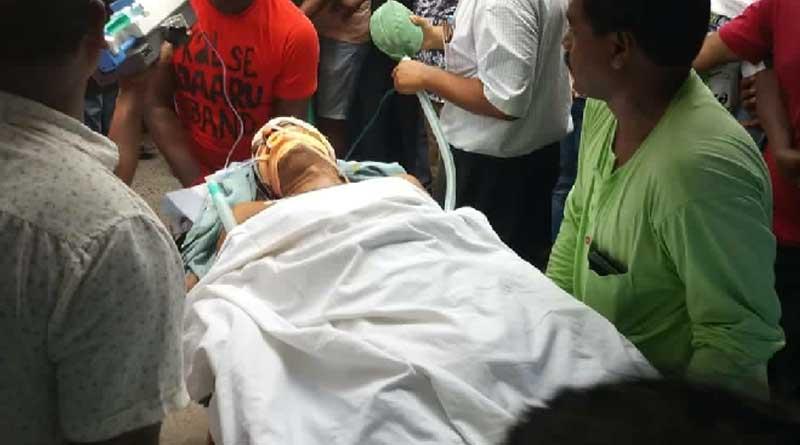 TMC leader allegedly shot by BJP goons in Bandel rail station