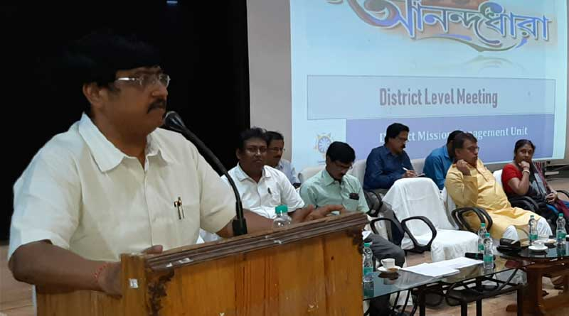 DM of Purulia assigns the self help groups to monitor Ration irregularities
