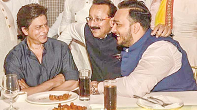 Shah Rukh and Salman attend Iftar party of Baba Siddiqui