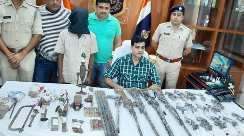 Illegal arms manufacturing unit busted in Canning, 1 held
