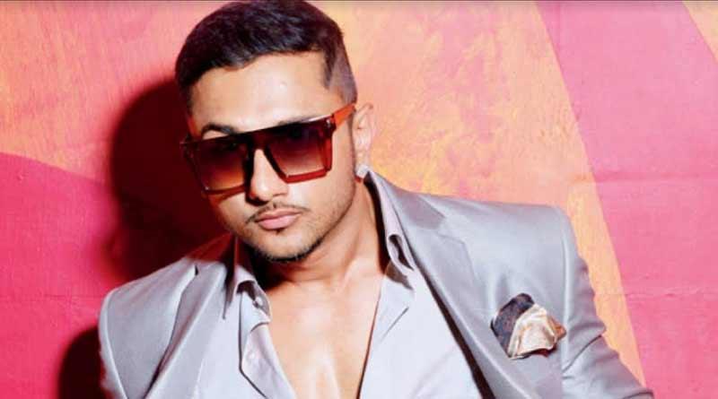 Singer Honey Singh booked for vulgar Makhna lyrics
