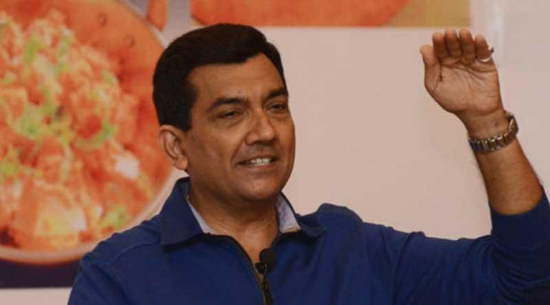Celebrity Chef Sanjeev kapoor cooks food for martyr Families.