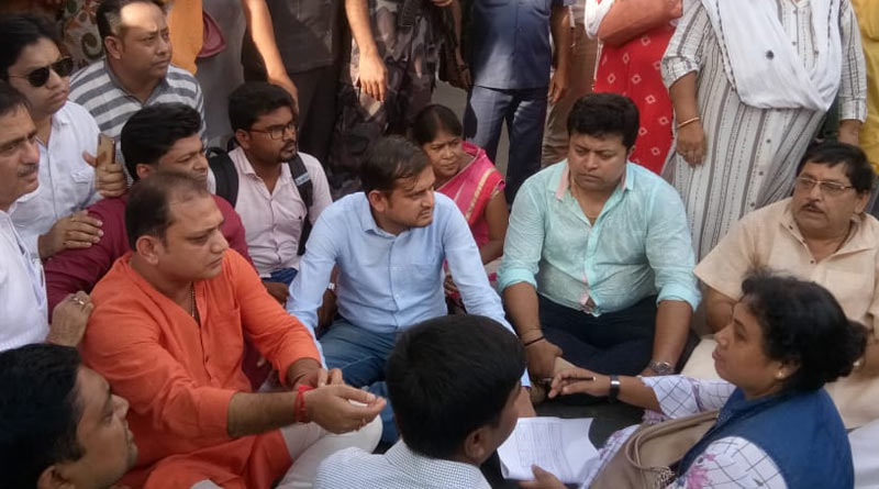 Actor Suman Bannerjee and 30 others arrested from BJP agitation