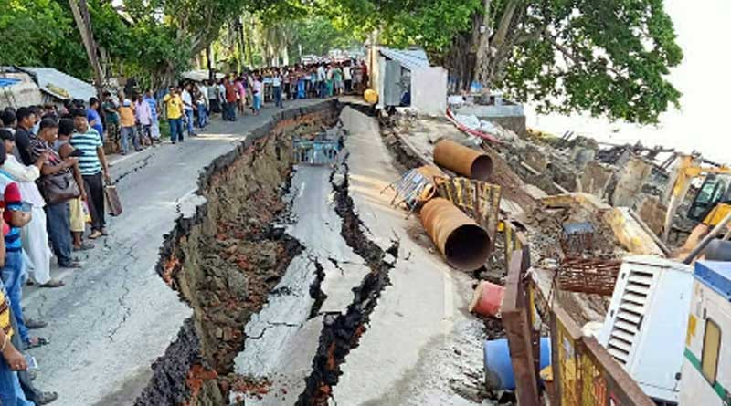 Landslide on national highway no 117 at Dimond Hourbor