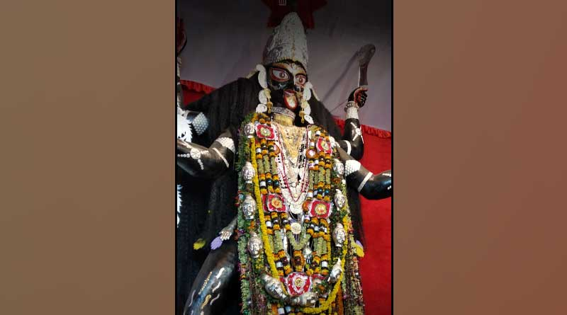 Know the amazing story of Naihati's baromaa pujo